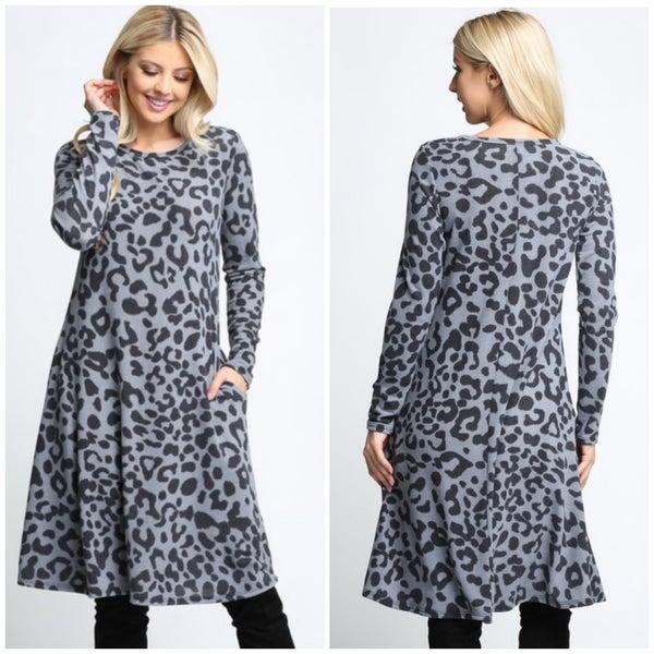 Gray Leopard Print Pocket Dress