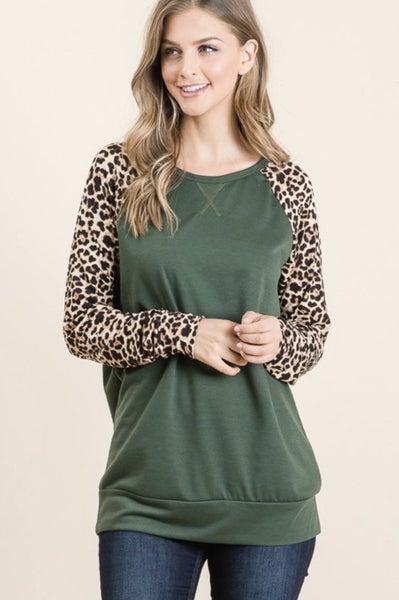 LAST CHANCE FINALSALE Olive Animal Print Sleeve Top