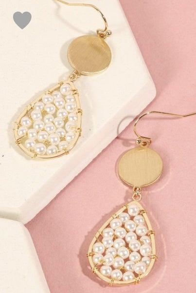 Oval Pearl & Gold Earrings