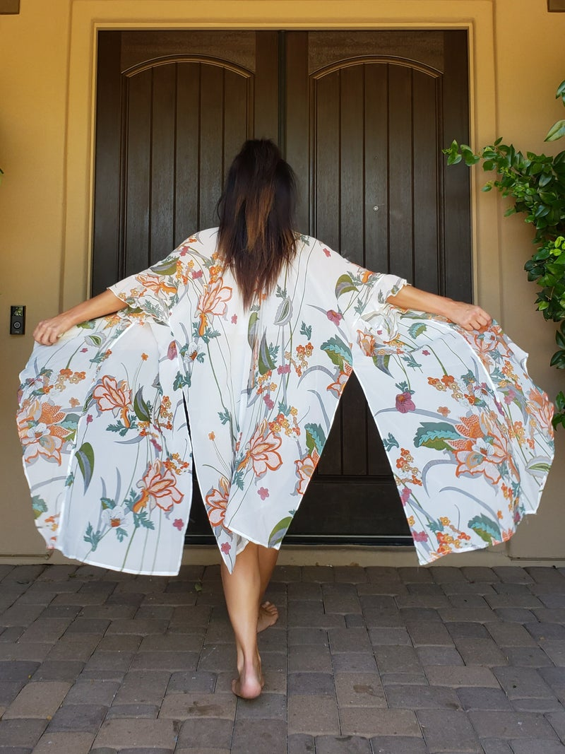 Floral Shawl Collar Ruffled Sleeve Side Slit Kimono