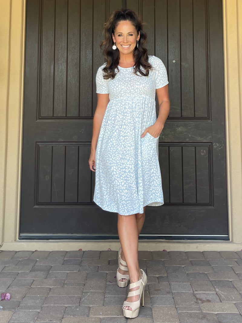 Baby Blue Muted Leopard Short Sleeve Babydoll Knee Length Dress with POCKETS
