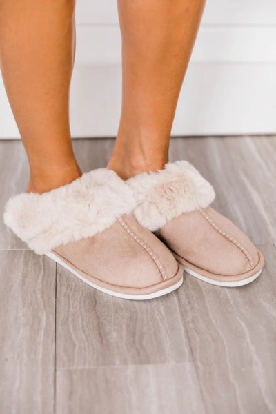 Fuzzy Suded Winter Slippers