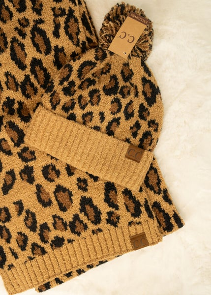 CC Leopard Scarf