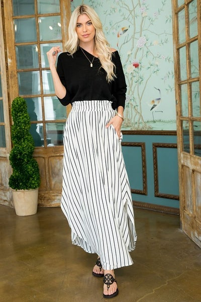 Simple Melody Striped Skirt