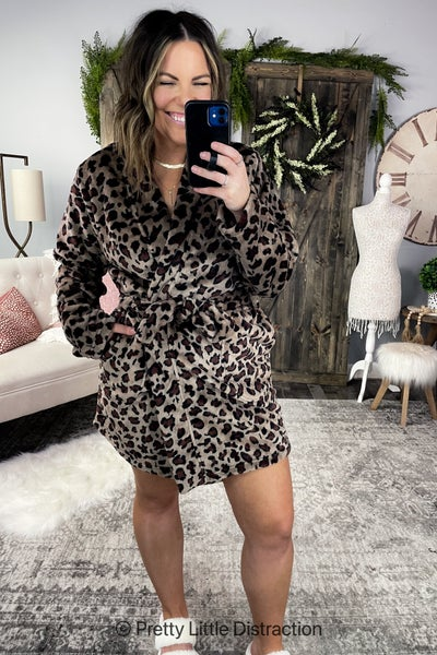 Leopard Print Cozy Soft Half Robe