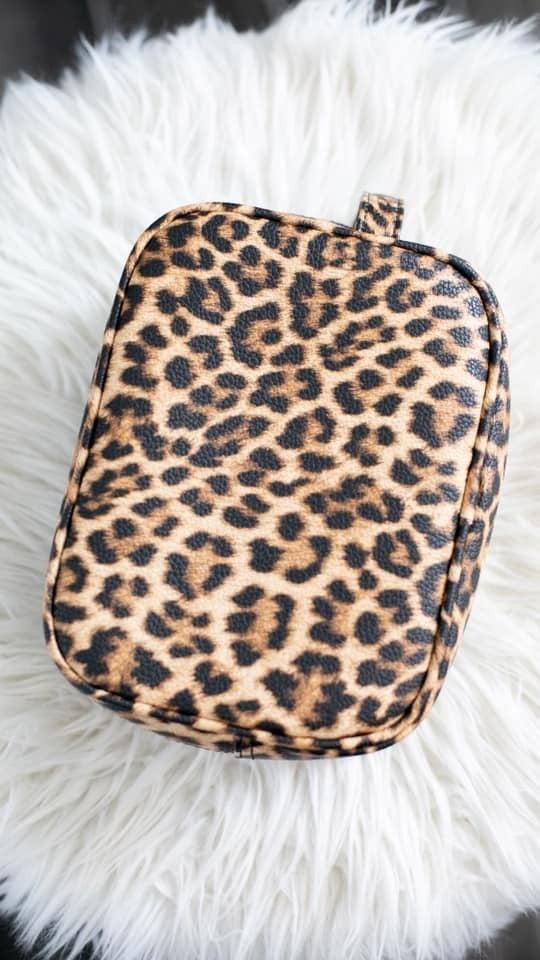 Make-Up with Me Travel Bag