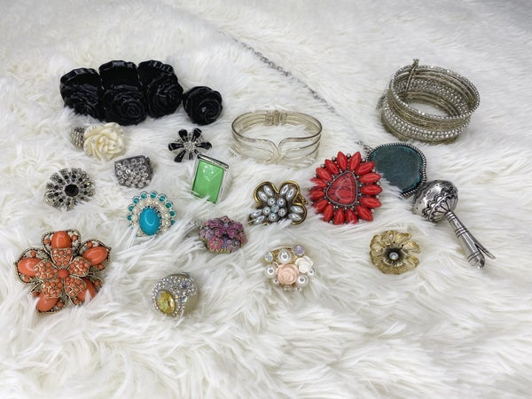 Ala carte vintage, secondhand jewelry treasures