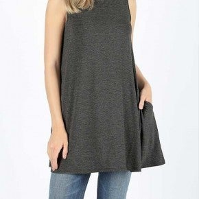 Flared tank top with pockets