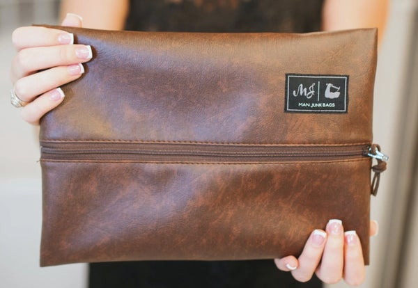 Makeup Junkie Bags : The Gentleman Bag