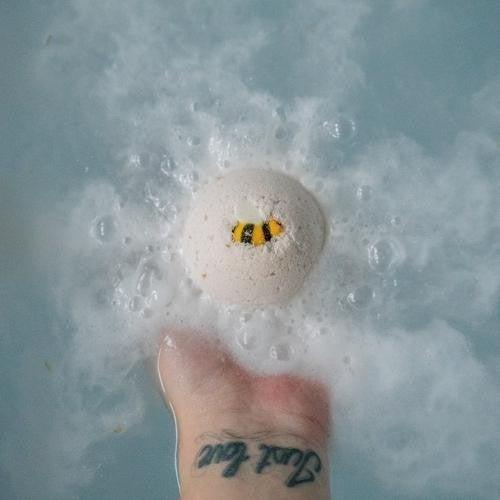 Oats & Honey Bath Bomb : Mountain Madness Soap Co