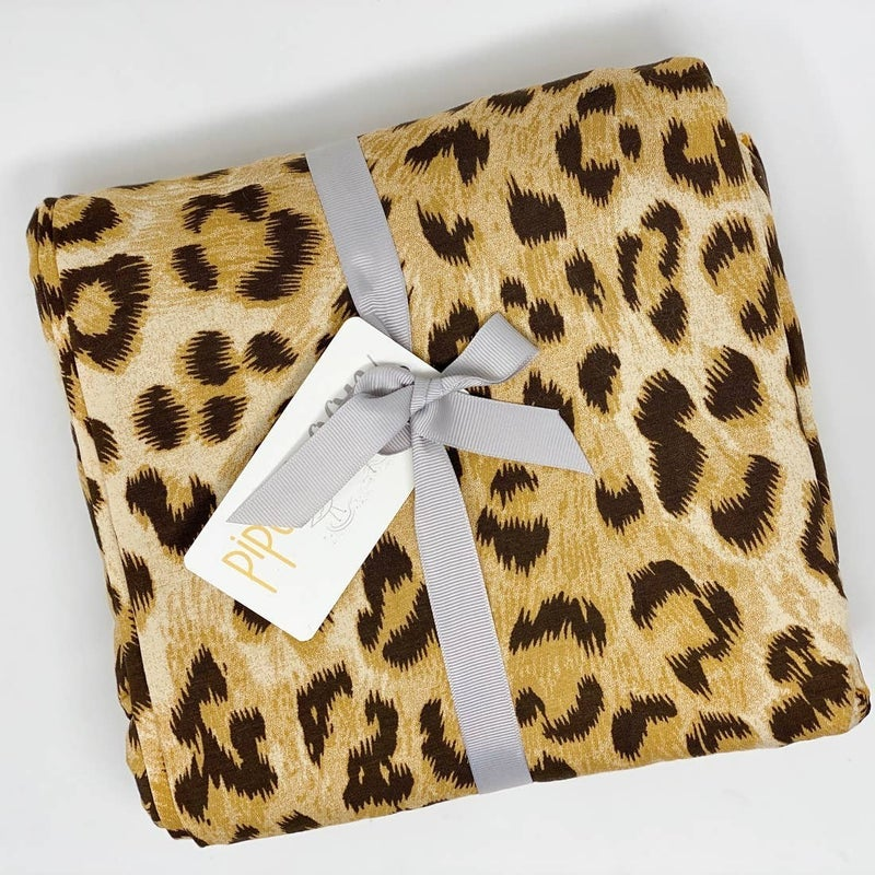 Leopard II Blanket : Pipermoon