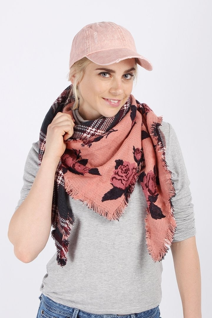 Reversible Triangle Scarves