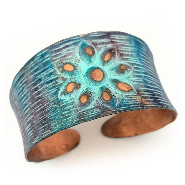 Rustic Flower Copper Patina Bracelet : Anju