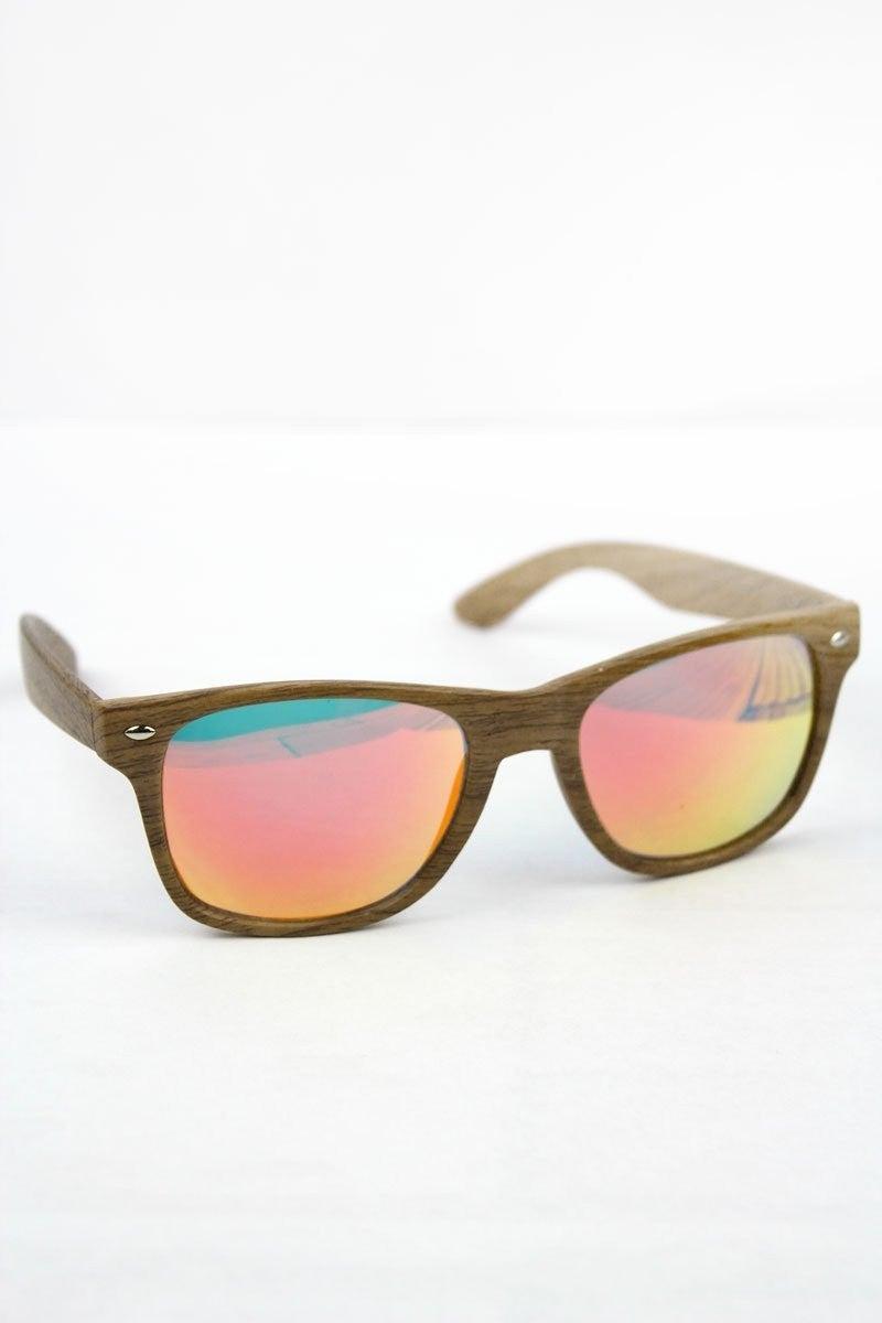 Light red lens horn rimmed sunglasses