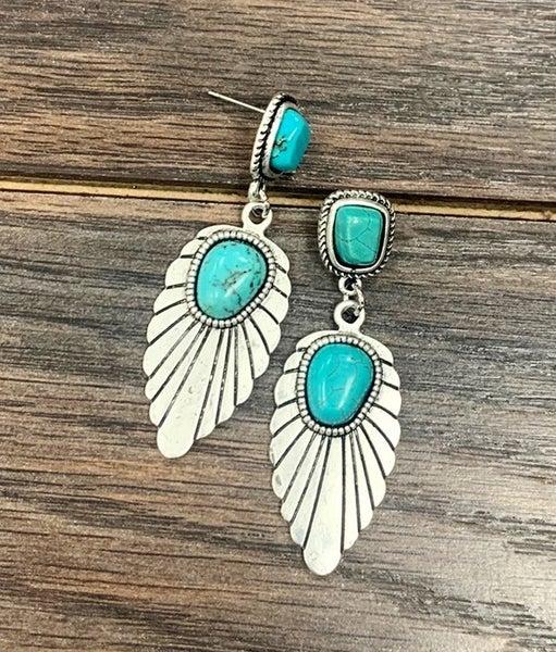 Estes Turquoise Necklace & Earring Set