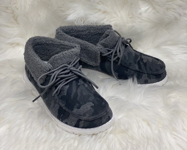 Black & Grey Camo Mikey Sherpa Shoe
