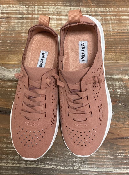 Salmon Mana Sneaker