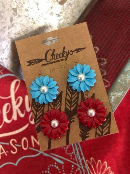 Cheekys Daisy Earring Set of Two