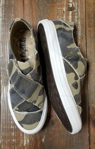 Camo Ivette Shoe