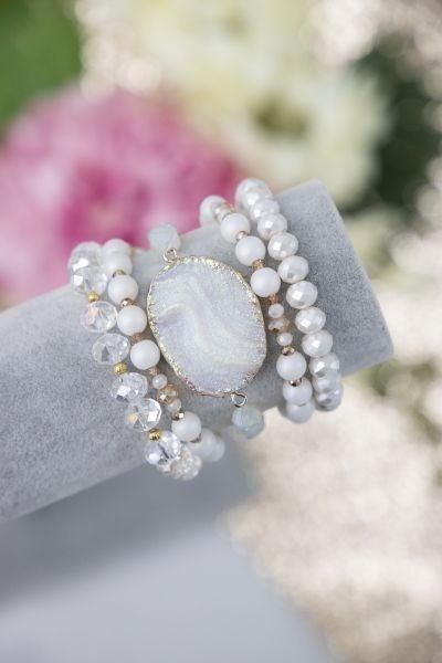 So Put Together Seashell Whites Bracelet Set