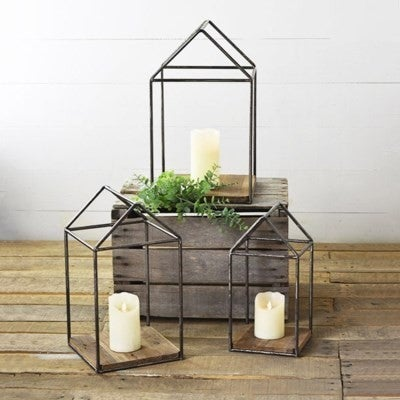 HOUSE FRAME W/RECYCLED WOOD