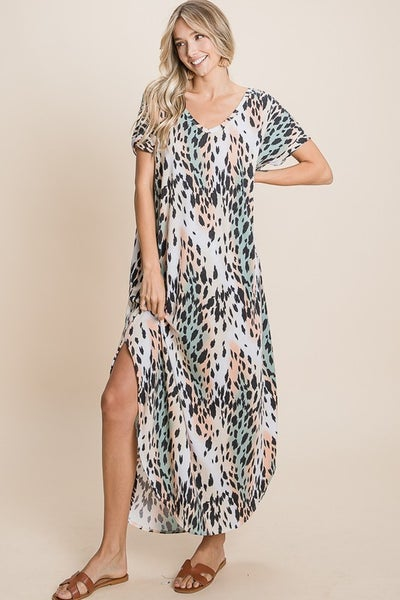 Oversized Leopard Maxi Dress with Pockets