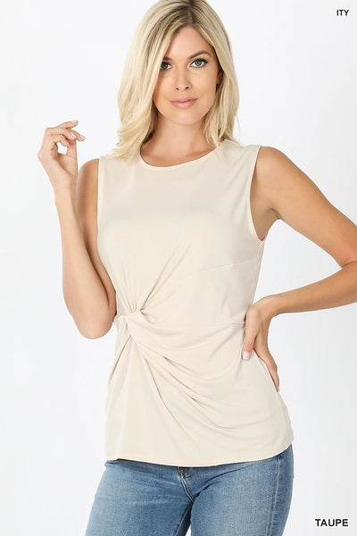 ITY KNOT-FRONT SLEEVELESS TOP