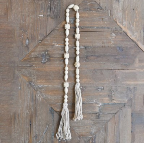 """39.37"""" NAT. BEADS WITH TASSLE"""