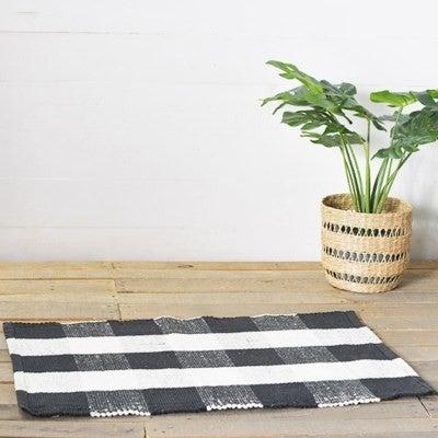 2' x 3' Plaid Cotton Rug