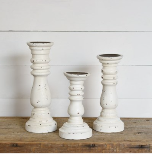 SMALL OLD WHITE CANDLE PILLARS