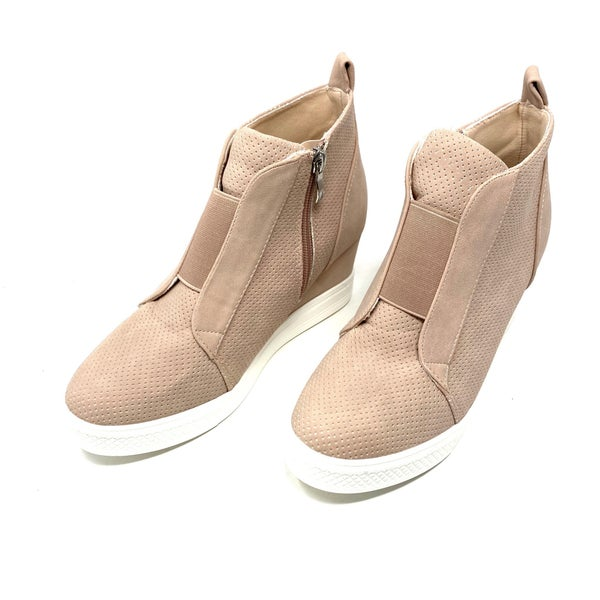 Zoey Sneaker