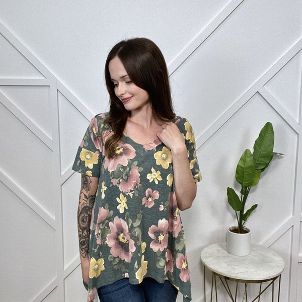 Grey Pink Floral V-Neck Sharkbite Top