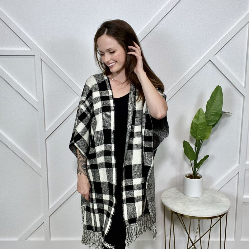B + W Plaid Sweater Poncho
