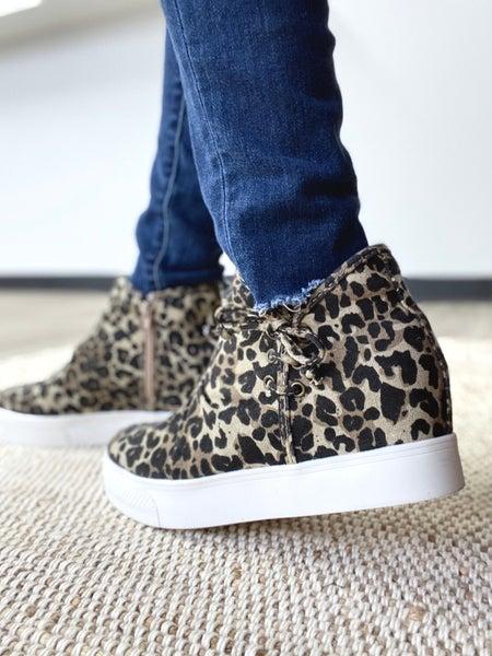 Angela: Leopard