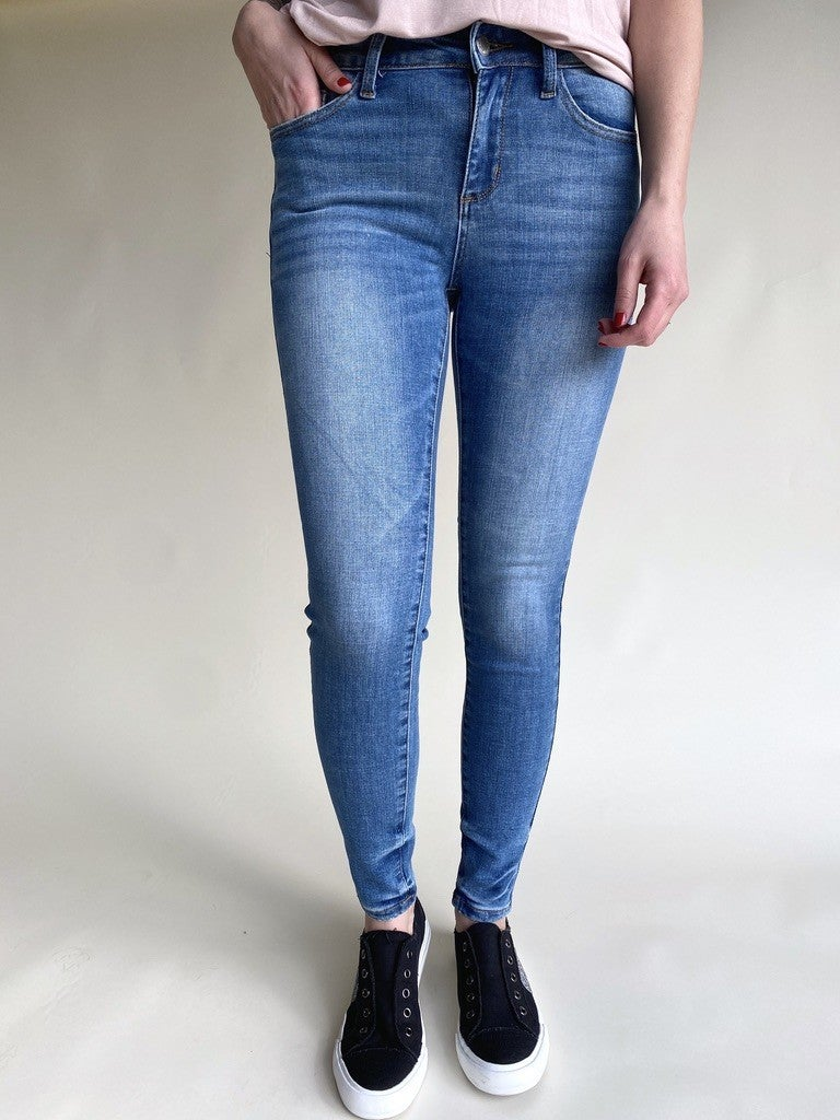 Judy Blue PIN-TACKED NON DISTRESSED SKINNY
