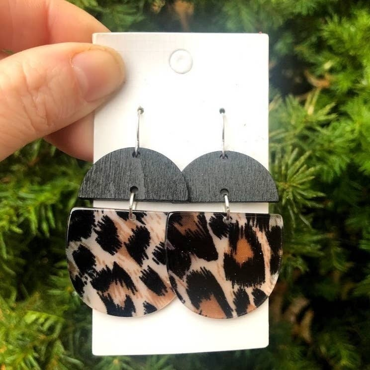 Leopard Wood and Acrylic Deco Drops