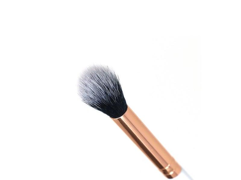 Le Blanc - Large Blending Brush