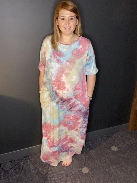 Crazy Girl Curvy Maxi Dress, Tie Dye