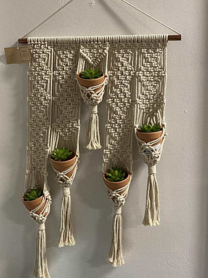 HAND KNOTTED MACRAME