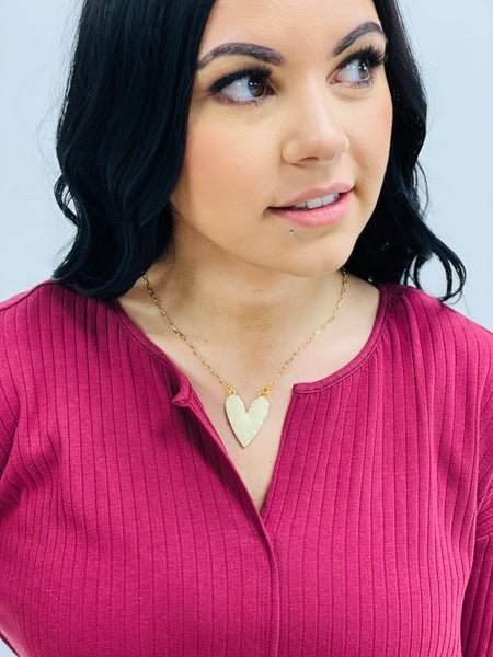 """The """"Paige"""" Solid Heart Necklace GOLD"""