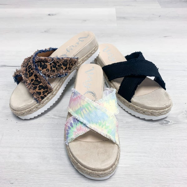 "Very G ""Laney"" Casual Platform Sandal"