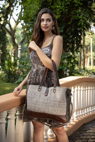 Myra Formalistic Weekender Bag