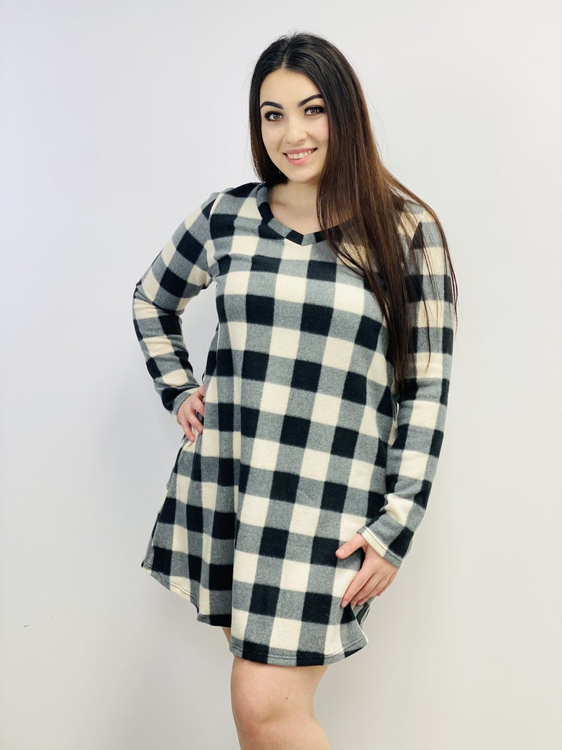 Long Sleeve Plaid Knit Shift Dress