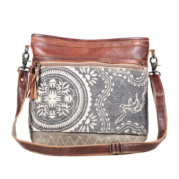 Myra Vogue Shoulder Bag
