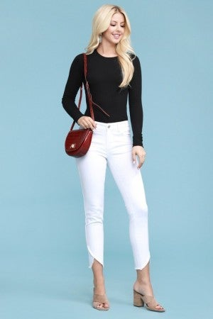 Judy Blue White Tulip Denim Capri Jeans