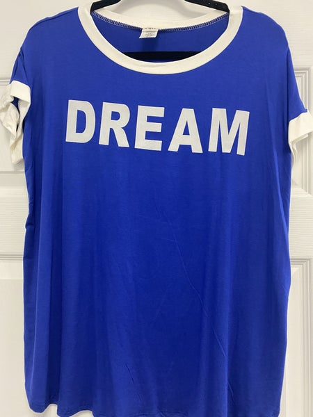 """Short Sleeve Ringer Top with Graphic """"Dream"""""""
