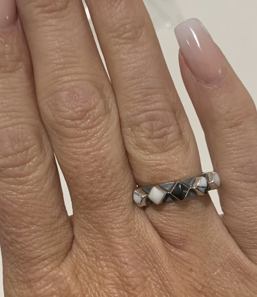 Sterling silver and Howlite 5 stone ring