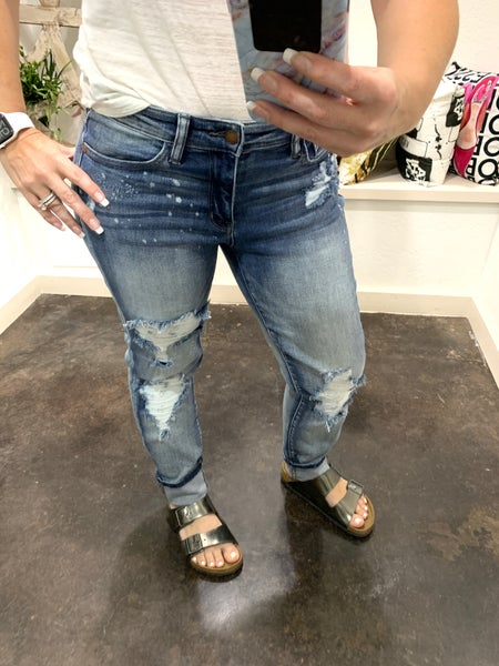 Judy Blue Destroyed Paint Splattered Boyfriend Jean