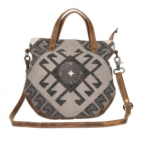 Myra Spontaneous Delight Crossbody Bag