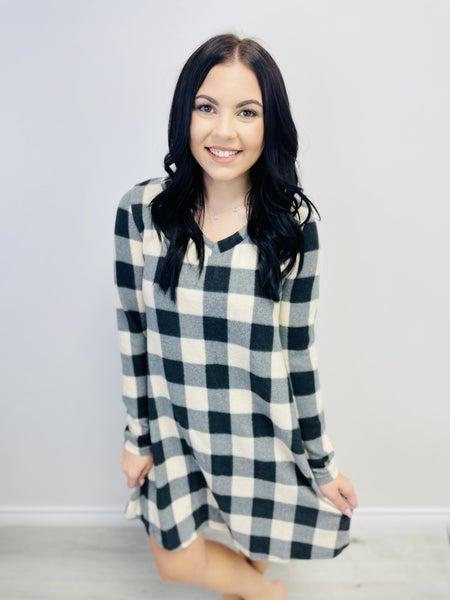 Long Sleeve Plaid Knit Shift Dress